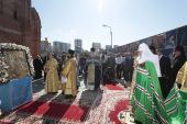 Святейший Патриарх Кирилл совершил чин освящения закладного камня в основание храма Иверской иконы Божией Матери, возводимого у стен Академии ФСБ России