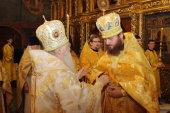 В день памяти святых отцов шести Вселенских Соборов митрополит Крутицкий и Коломенский Ювеналий совершил Божественную литургию в Смоленском соборе Новодевичьего монастыря