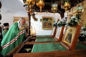 В канун дня памяти преподобных Зосимы, Савватия и Германа Соловецких Святейший Патриарх Кирилл совершил всенощное бдение в Преображенском соборе Соловецкого монастыря