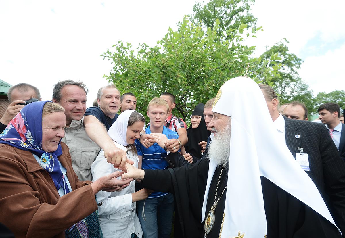 Патриарший визит в Эстонию. Божественная литургия в Пюхтицком монастыре