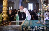 Предстоятель Русской Церкви поклонился честным мощам преподобных Сергия и Германа в Спасо-Преображенском соборе Валаамской обители
