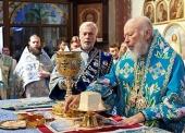 В праздник Касперовской иконы Божией Матери митрополит Киевский Владимир совершил Литургию в Успенском кафедральном соборе Одессы