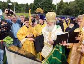 Святейший Патриарх Болгарский Неофит освятил закладной камень храма на юге Москвы