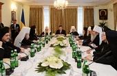Президент Украины вручил Предстоятелям Поместных Православных Церквей государственные награды