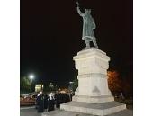 Святейший Патриарх Кирилл возложил цветы к памятнику господарю Молдовы Стефану Великому в Кишиневе