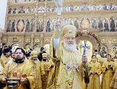 Предстоятель Русской Церкви совершил чин великого освящения восстановленного Феодоровского собора в Санкт-Петербурге