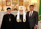 Святейший Патриарх Кирилл принял специального представителя Патриарха Сирийской Ортодоксальной Церкви протоиерея Самуила Гюмюса