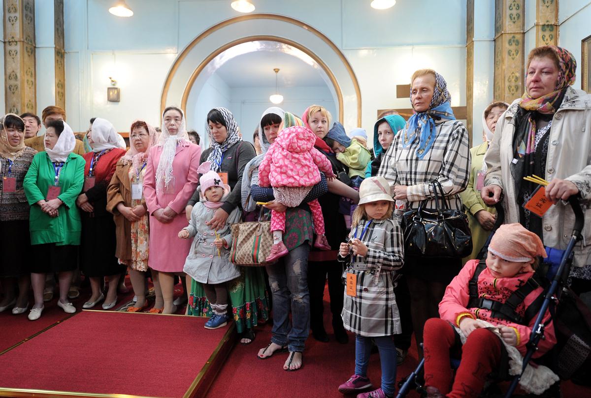 Патриарший визит в Китай. Божественная литургия в Покровском храме Харбина