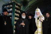 Предстоятель Русской Православной Церкви совершил литию по почившей братии Свято-Пантелеимонова монастыря