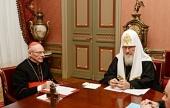 Святейшей Патриарх Кирилл встретился с почетным председателем Папского совета по культуре кардиналом Полем Пупаром