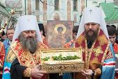 На Украину принесена десница великомученика Георгия Победоносца