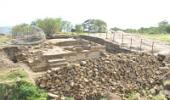 На территории крепости Нарын-кала в Дербенте продолжаются раскопки средневекового крестово-купольного сооружения