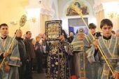 В Приморской митрополии торжественно встретили Курскую Коренную икону Божией Матери