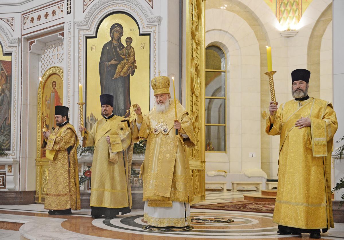 Патриарший визит в Калининградскую епархию. Всенощное бдение в кафедральном соборе Калининграда