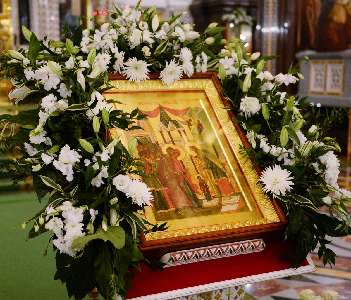 http://p2.patriarchia.ru/2013/12/04/1235358815/2VAR_2143-20131203-1200.jpg