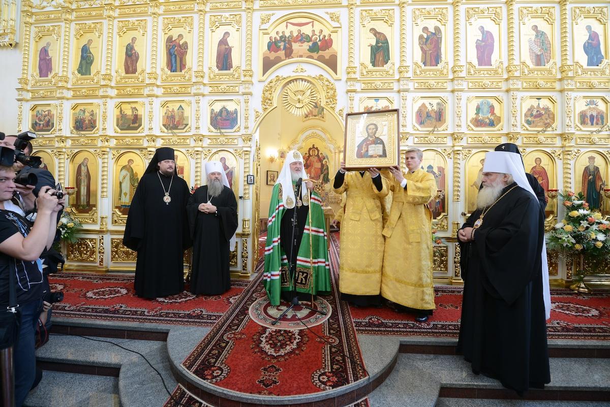 Первосвятительский визит в Приморскую митрополию. Посещение Покровского кафедрального собора г. Владивостока
