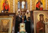 В Киево-Печерской лавре совершен молебен об умножении любви