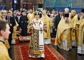 В день памяти святителя Московского Петра, всея России чудотворца, Предстоятель Русской Церкви совершил Литургию в Успенском соборе Московского Кремля
