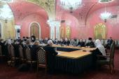 Святейший Патриарх Кирилл встретился с представителями православных общественных объединений и членами бюро президиума Всемирного русского народного собора
