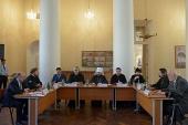 В храме мученицы Татианы при МГУ состоялся круглый стол, посвященный пятилетию интронизации Святейшего Патриарха Кирилла