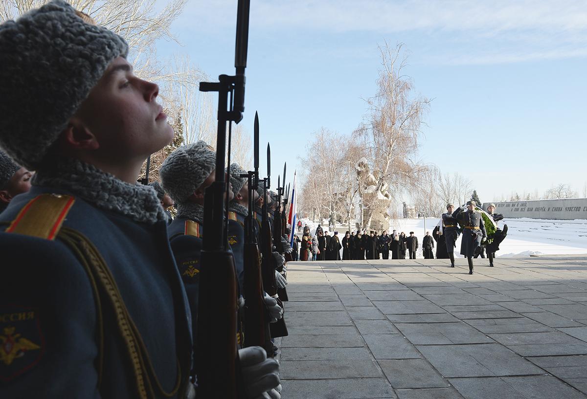 Патриарший визит в Волгоград. Посещение мемориала на Мамаевом кургане