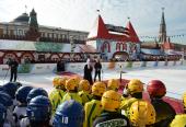 На Красной площади в Москве открылся четвертый детский турнир по русскому хоккею на Кубок Патриарха