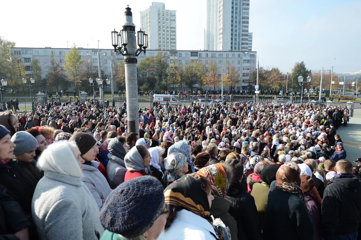 Патриарший визит в Белоруссию. Открытие в Минске памятника Святейшему Патриарху Алексию II и посещение храма-памятника в честь Всех святых