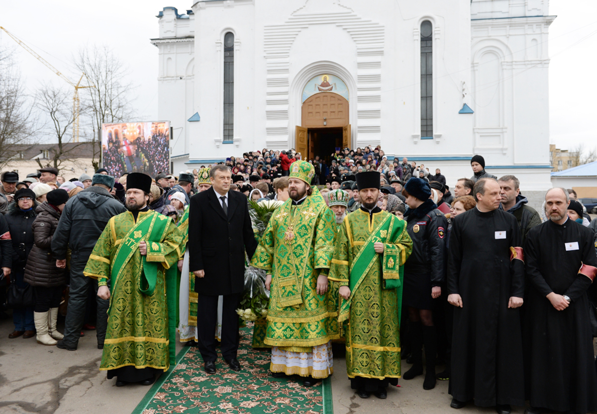 Патриарший визит в Санкт-Петербургскую митрополию. Литургия в Покровском соборе г. Гатчины