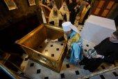 Местоблюститель Киевской митрополичьей кафедры освятил престол храма преподобных Антония и Феодосия Киево-Печерской лавры