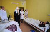 В праздник Рождества Христова Святейший Патриарх Кирилл посетил родильный дом № 3 г. Москвы