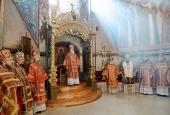 В четверг Светлой седмицы Предстоятель Русской Церкви совершил Литургию в Троице-Сергиевой лавре