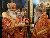 Святейший Патриарх Кирилл удостоил ряд насельников и клириков ставропигиальных монастырей богослужебных наград
