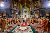 В день праздника Светлого Христова Воскресения Предстоятель Русской Церкви совершил Пасхальную великую вечерню в Храме Христа Спасителя