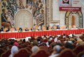 Святейший Патриарх Кирилл выступил на пленарном заседании II Форума православных женщин
