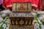 Более ста тысяч верующих Уральской епархии Казахстанского митрополичьего округа молитвенно поклонились Поясу Пресвятой Богородицы