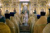 В день 15-летия обретения мощей блаженной Матроны Московской Предстоятель Русской Церкви совершил Литургию в Покровском ставропигиальном монастыре