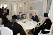 Состоялась встреча Президента России В.В. Путина с Блаженнейшим Патриархом Иерусалимским Феофилом и Святейшим Патриархом Кириллом