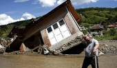 В храмах Русской Православной Церкви проходит сбор средств в помощь пострадавшим от наводнения в Сербии и Сибири