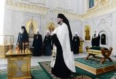 Члены Священного Синода перед началом заседания молитвенно почтили память новопреставленного митрополита Киевского и всея Украины Владимира