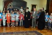 Святейший Патриарх Сербский Ириней благословил детей, прибывших на отдых в Сербию из России и Приднестровья