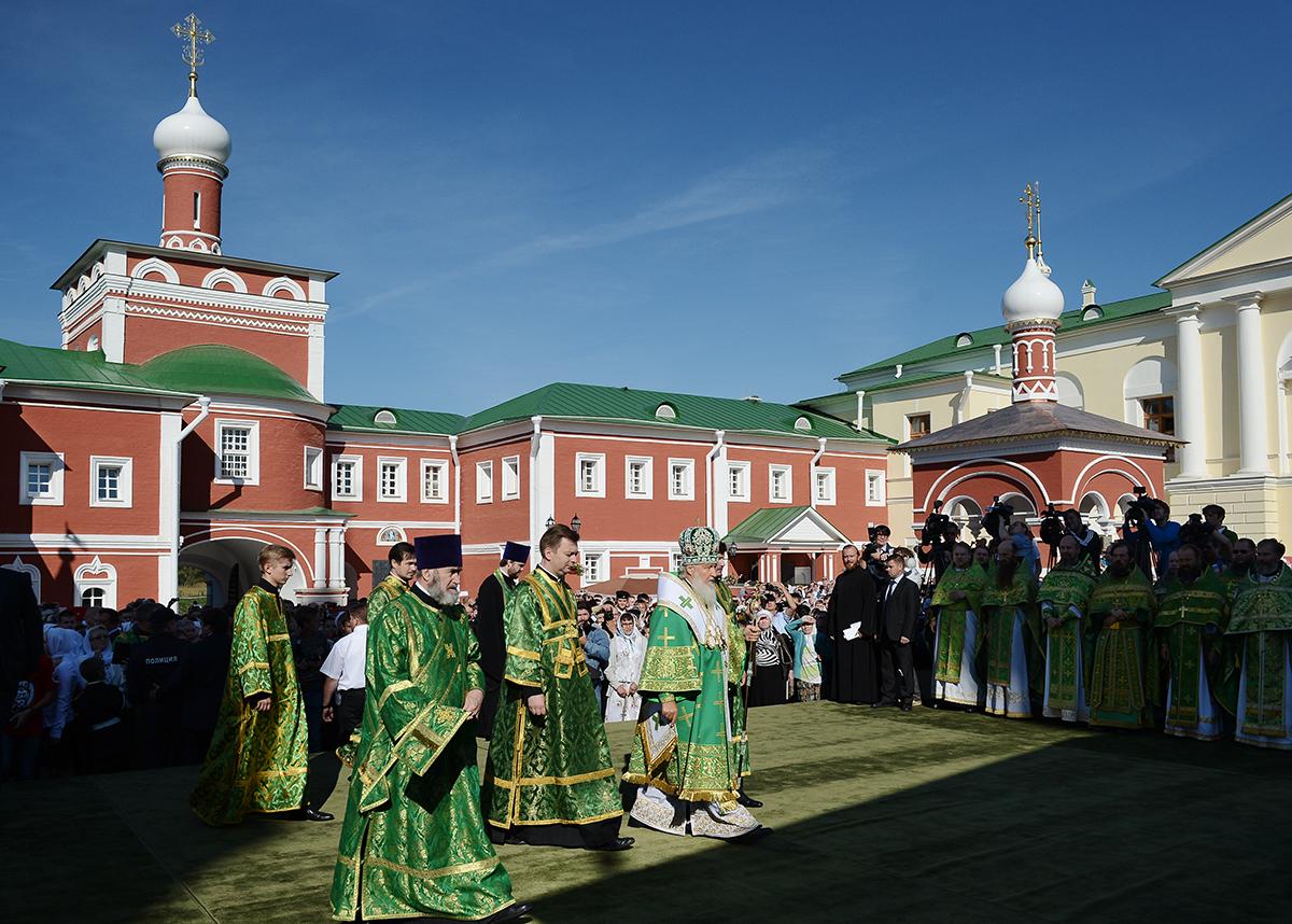 Патриаршее служение в подмосковном Николо-Пешношском монастыре
