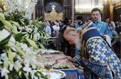 Патриаршее служение в канун праздника Успения Пресвятой Богородицы в Храме Христа Спасителя