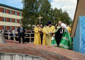 Святейший Патриарх Кирилл совершил чин освящения закладного камня в основание храма в паломническом центре Псково-Печерского монастыря