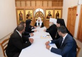 В Снетогорском монастыре состоялось совещание по вопросам реставрации храмов, переданных Русской Православной Церкви
