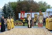 Святейший Патриарх Кирилл совершил чин освящения закладного камня в основание храма в честь святого равноапостольного крестителя Руси во Владимире