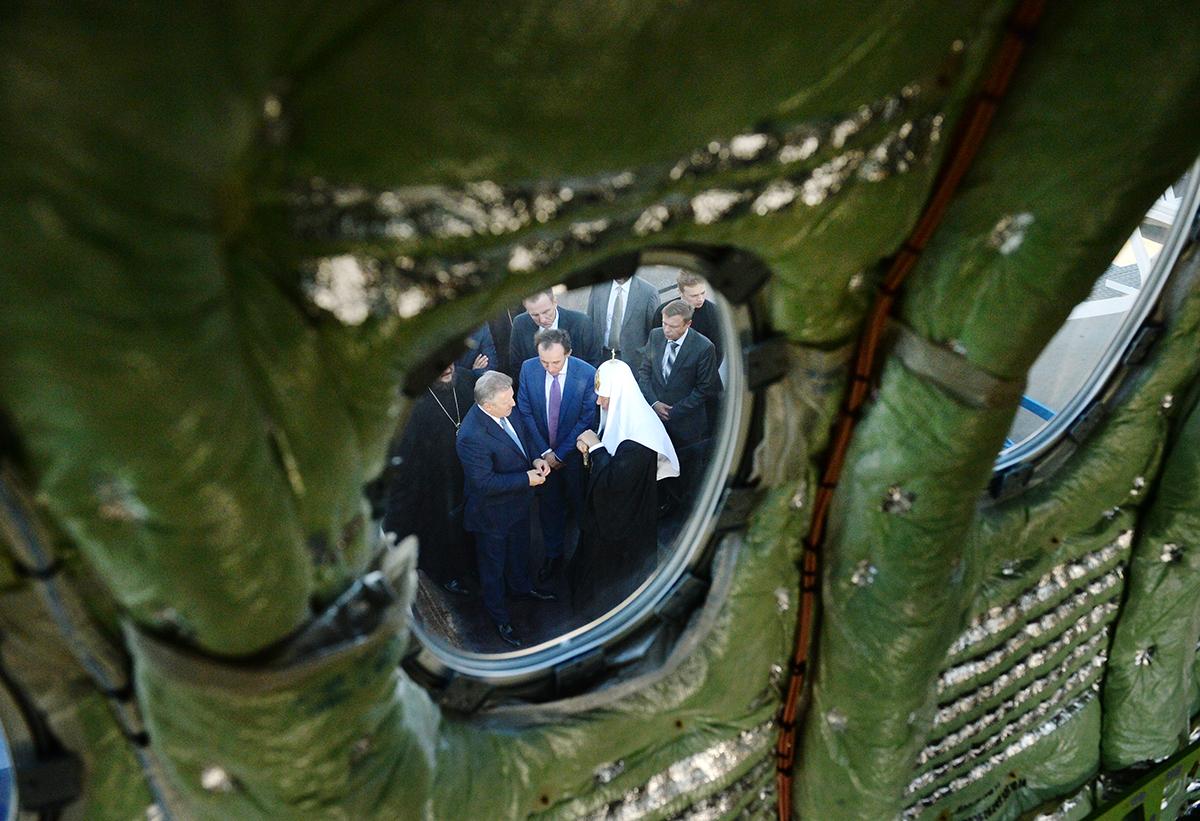 Патриарший визит в Приамурскую митрополию. Посещение Комсомольского-на-Амуре авиационного завода им. Ю.А. Гагарина