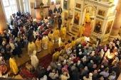 В международный день глухих прошло первое в Москве архиерейское богослужение с сурдопереводом