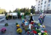 Предстоятель Украинской Православной Церкви совершил заупокойное богослужение у Дома профсоюзов в Одессе