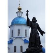 В Малоярославце открыт памятник известному полковому священнику Василию Васильковскому