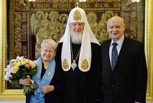 Святейший Патриарх Кирилл наградил А.Н. Пахмутову орденом св…